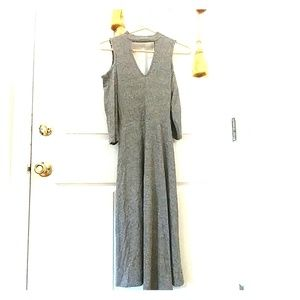 High neck key hole cold shoulder cozy midi